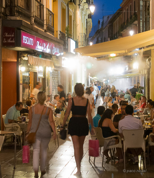Tapea con Donde Alojarse por Granada